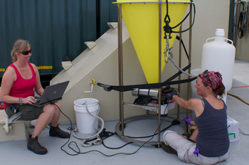 Susan von Thun and Judit Pungor prepare a sediment trap for the observatory. Photo: Debbie Nail Meyer