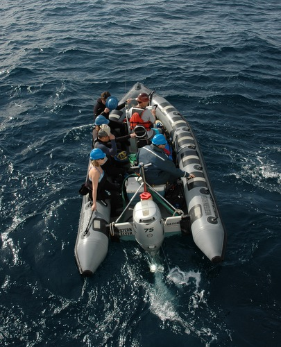 The RHIB boat moves away from the Western Flyer with the divers and all their gear on board. Photo by Erik Thuesen