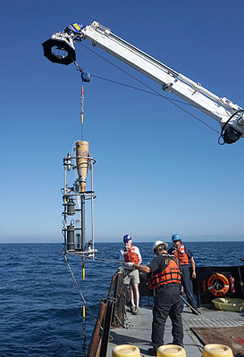 Deploying a sediment trap