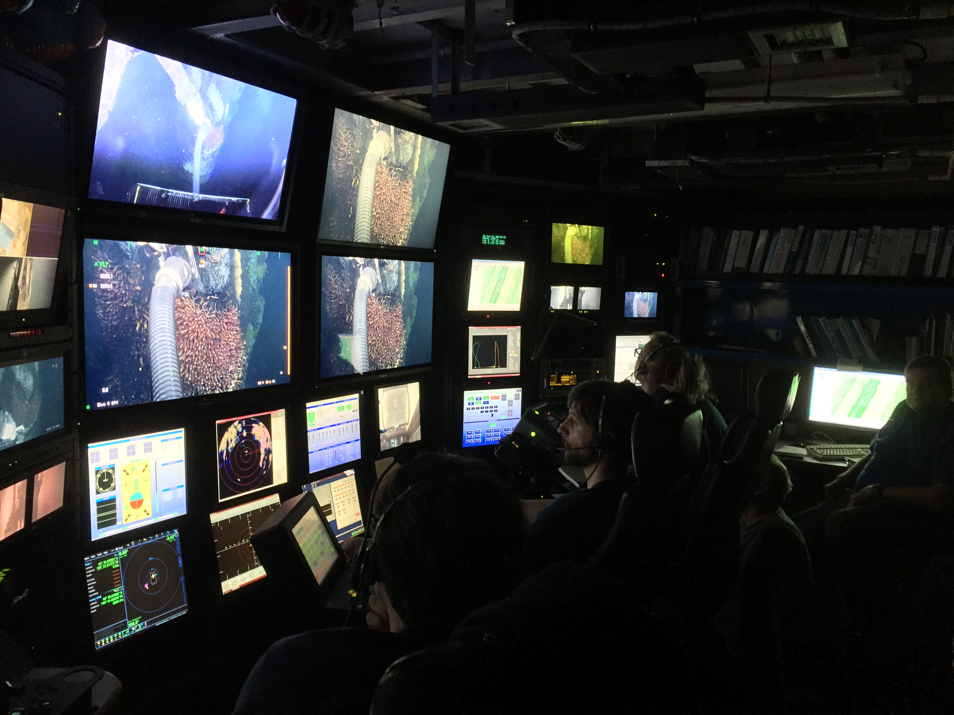 View of the control room while we collected Paralvinella with a suction sampler from a hydrothermal chimney.