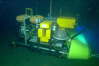 During July 2009, the Benthic Rover traveled across the seafloor while hooked up to the MARS ocean observatory. This allowed researchers to control the vehicle in