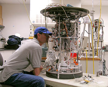 MBARI Electrical Engineer Scott Jensen works on the second generation Environmental Sample Processor. Image: Kim Fulton-Bennett (c) 2005 MBARI