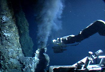 In 2004, MBARI's remotely operated vehicle measured the temperature of water flowing from this hydrothermal vent on the Juan de Fuca Ridge, off the coast of Oregon. During 2007-2008, the deep ESP may be used to study microorganisms in the water around such vents. Image: (c) 2004 MBARI
