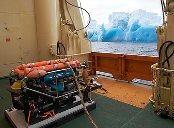 icebergs-rov-350
