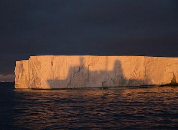 icebergs-shadow-350