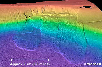 Close-up view of the large underwater landslide near Santa Barbara. MBARI geologists are investigating the possibility that additional failures could occur to the west (left) of this slide. Illustration: (c) 2000 MBARI